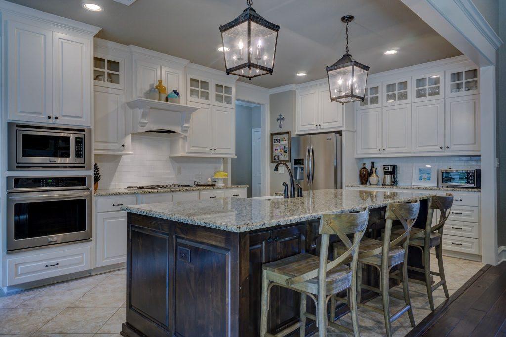 2021 cabinet color trends, top kitchen colors 2021, kitchen trends to avoid 2021, modern kitchen colors, design, interior